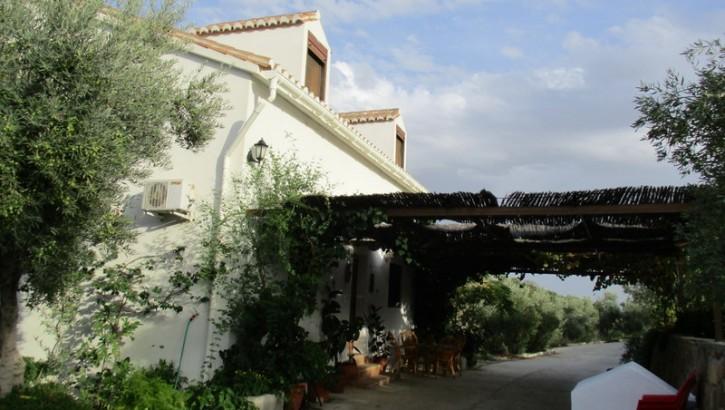 AP967- Country villa in Casarabonela
