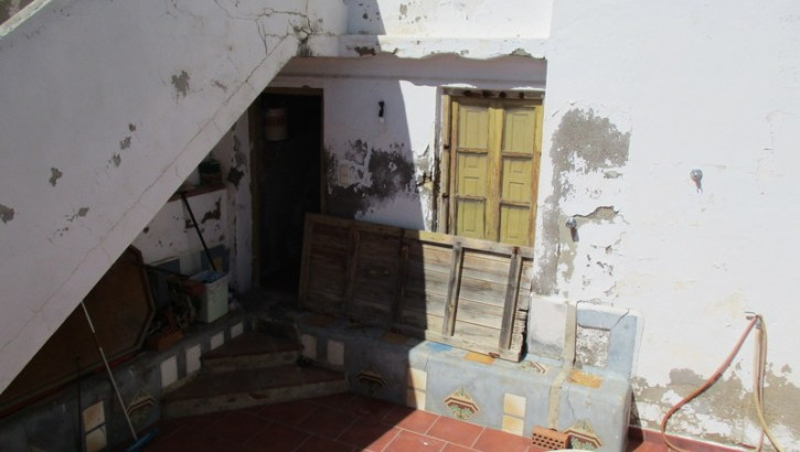 APA16- Traditional village house in Alora