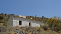 AM109 – Nice house near the village of El Chorro and the 'Caminito del Rey'.