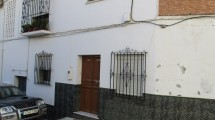 APA62- Spacious 2 bedroom groumd floor apartment