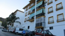 APA74- Four bedroomed apartment in Alora