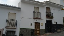 "AM120 – Nice townhouse in the centre of ""Valle de Abdalajis""."