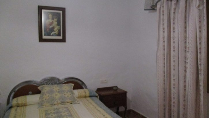 APA121- Detached property in the village of Bermejo in Alora