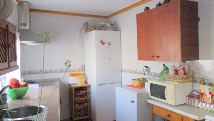 AP948- Spacious village house in Alora