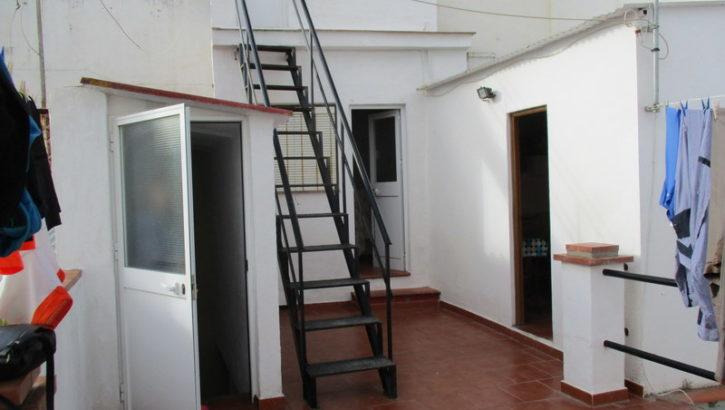 APA159- Large village house in Alora