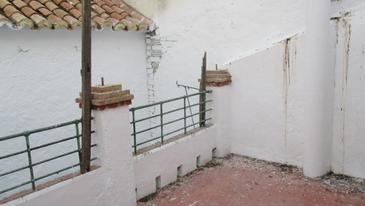 APA160- Traditional village house in a central Street of Alora