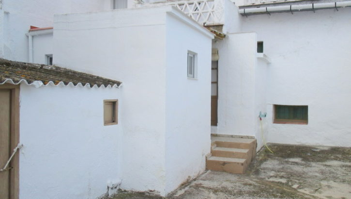 APA170- Two adjoining village houses in Alora