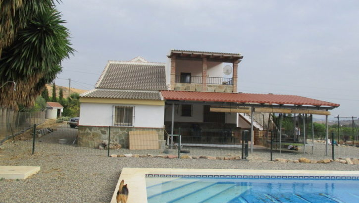 APA175- Quality built country villa in Alora