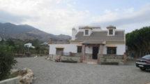 APA175- Quality built country villa in Alora