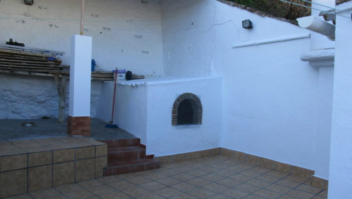 APA179- Attractive 6 bedroom village house in Alora