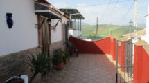 APA212- Spacious village house in the charming village of Caracuel, Bermejo, Alora