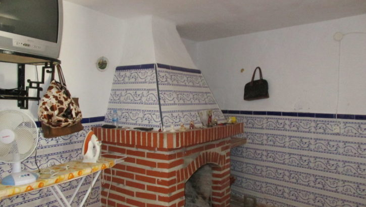 APA220- Charming traditional village house in Alora