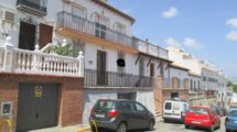 APA244- Substantial 4 bedroom, 2 bathroom village house in Alora