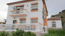 APA246- Detached villa in Alora