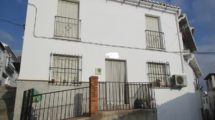 APA252- Attractive two bedroom village house in Alora