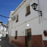 APA278- Three bedroomed refurbished village house in Alora- UNDER OFFER