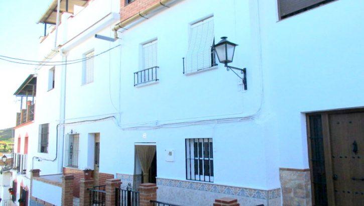 APA285- Townhouse in Alora