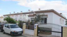 APA299- Quality built, very spacious end terrace villa in Alora
