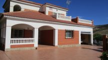 APA307- Beautiful 4 bedroom detached villa in Valle de Abdalajís