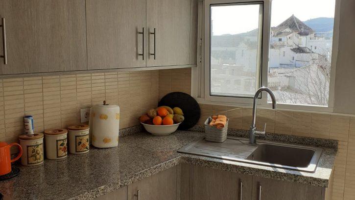 APA321- Attractive refurbished 4 bedroom, 3 bathroom village house in Alora