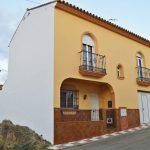 AM183 – Very well built town house in Barriada el Puente, Alora