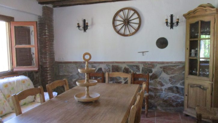 APA333- Refurbished 4 bedroom country house on the outskirts of Alora