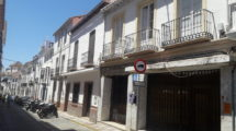 APA343- Townhouse on the corner of Plaza Fuente Arriba in Alora