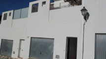 APA346: Modern 3 bedroom, 2 bathroom town house on the edge of the village of Barriada del Puente, Alora