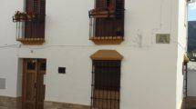 APA348- Beautiful, stylish 4 bedroom, 3 bathroom village house in Carratraca, Málaga
