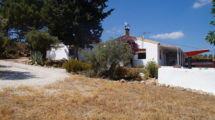APA349- Charming, fully refurbished 3 bedroom, 2 bathroom country house in Casarabonela- UNDER OFFER