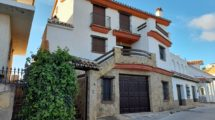 APA371- Quality, spacious 4 bedroom semi-detached villa in Alora
