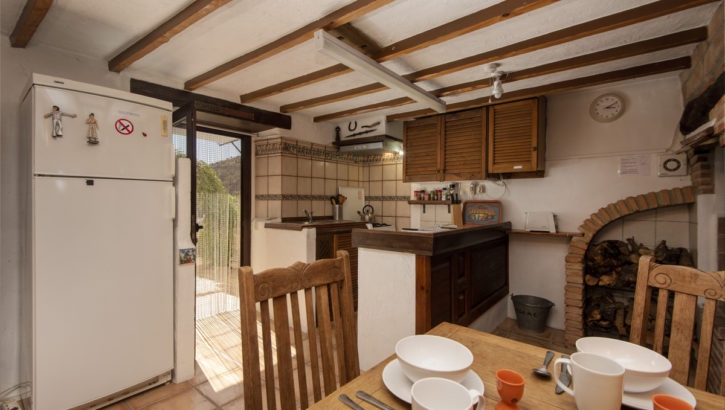 APA372- Immaculately presented, fully refurbished country house in Alora