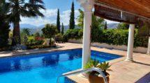 APA378- Quality built 4 bedroom, 4 bathroom country villa in Alora