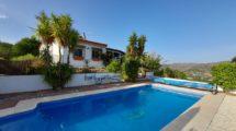 APA381: Quality built 3 bedroom, 2 bathroom villa in Alora- UNDER OFFER