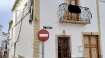 APA397- Characterful, large village house in Ardales